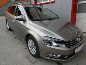 VW Passat Variant Comfortline  2,0 TDI  DSG *AHK*NAVI*TEMPOMAT*PDC vorne/hinten* bei BM || KFZ Baumgartner in