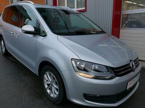VW Sharan Comfortline 2,0 TDI *NAVI*AHK*PANO*Elektr.Heckklappe* bei BM || KFZ Baumgartner in