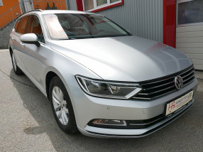 VW Passat Variant Comfortline 2,0 TDI *NAVI*ACC*AHK*Sitzheizung vo/hi* bei BM || KFZ Baumgartner in