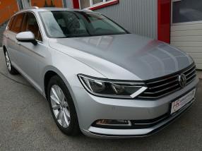 VW Passat Variant Highline 1,6 TDI *Virtual Cockpit*NAVI*ACC*Rückfahrkamera*Alcantara* bei BM || KFZ Baumgartner in